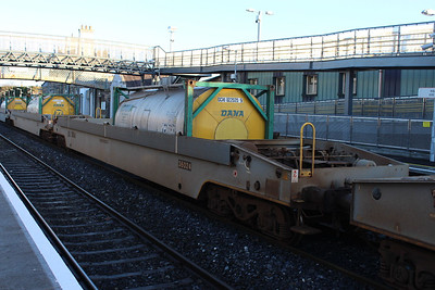 36024 - Pocket Wagon at Kildare on 09.01.14 on 11.00 Ballina - Waterford Liner.
