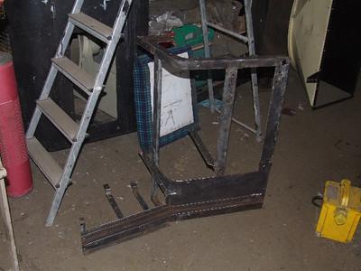 2nd man's side Desk wire wheeled on 18.07.09