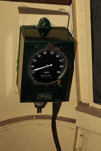 Speedometer painted dark green on 30.04.11.