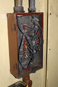 Cables from cab 1 desk added which completes wiring to engine. on 20.01.13.
