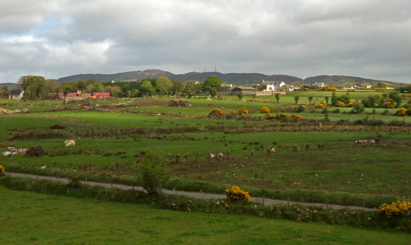 South Armagh's erstwhle 'bandit country', 7 May 2009 3 - 1040: Looking  west from near Newry.