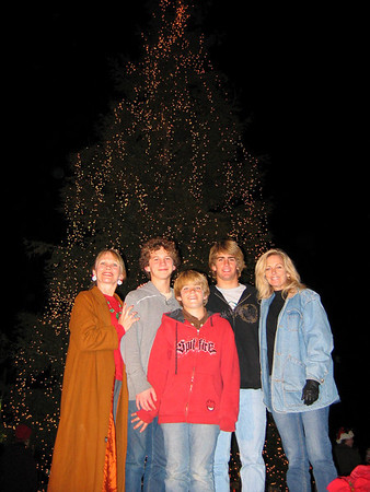 2005 Tree Lighting Portraits - 5-6pm