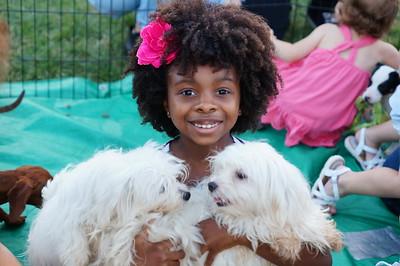 2015-08-01 Moxi & Puppies