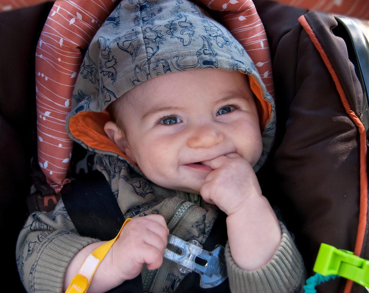 Isaac - 4 months - October 2010