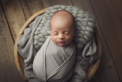 isaiah isaac newborn mini