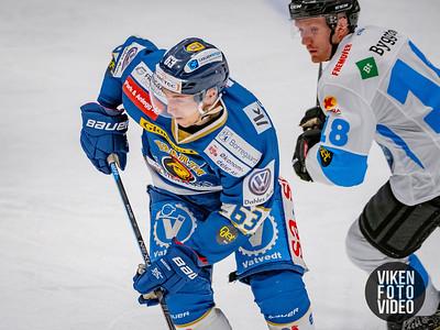 Spartas spiller Mikkel Søgaard og Narviks spiller Markus Mossin i kampen mellom Sparta og Narvik. Foto: Thomas Andersen