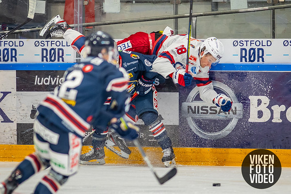 Vålerengas spiller Jørgen Kvarud Karterud i kampen mellom Sparta og Vålerenga. Foto: Thomas Andersen