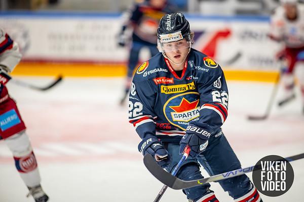 Spartas spiller Sander Thoresen i kampen mellom Sparta og Vålerenga. Foto: Thomas Andersen