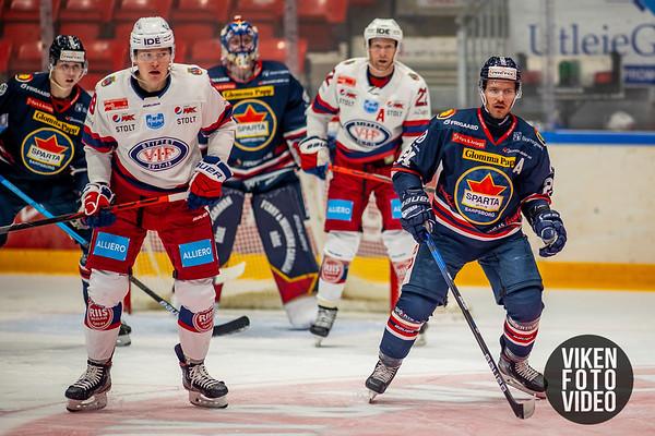 Spartas spiller Mattias Nilsson i kampen mellom Sparta og Vålerenga. Foto: Thomas Andersen