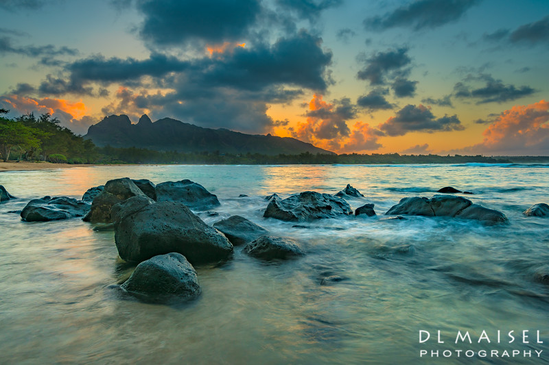 Sunset at Anahola Beach and Sleeping Giant