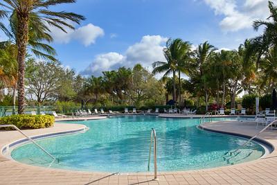 Island Walk Pool