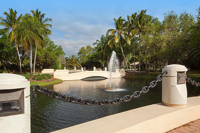 Island Walk Fountain