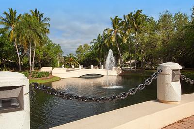 Island Walk Fountain