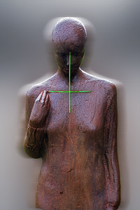 Statue titrée Köllun , ce qui signifie : l'Appel. Oeuvre du sculpteur Steinunn Thorarinsdottir. La Statue est situé à côté de la cathédrale catholique du Christ-Roi à Reykjavik