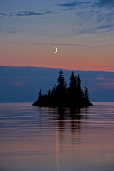 Cresent Moon Sunset in herring Bay