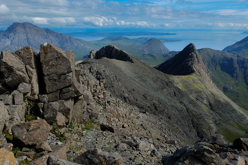 Looking to Sgurr na h-Uamha from the ridge to Sgurr nan Gillean