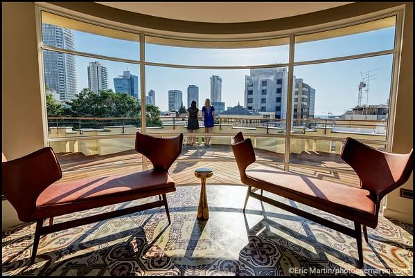 ISRAEL. TEL AVIV BAUHAUS.  L HOTEL NORMAN SITUÉ AU COEUR DE LA VILLE BLANCHE. Le boutique Hotel Norman s'est imposé comme l'adresse luxe de la capitale.