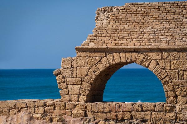 CaesareaAquaduct_8502812