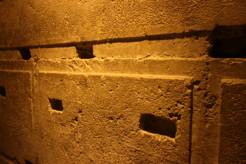 The Tunnel Tour exposes 500 meters of the western wall, all underground