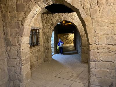 Israel-iPhone11-505