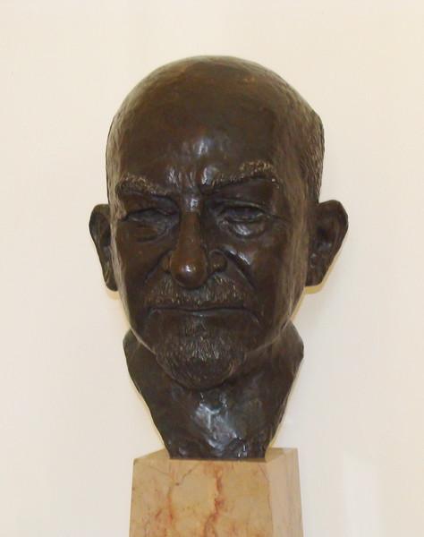 Bronze Bust of Chiam Weizmann