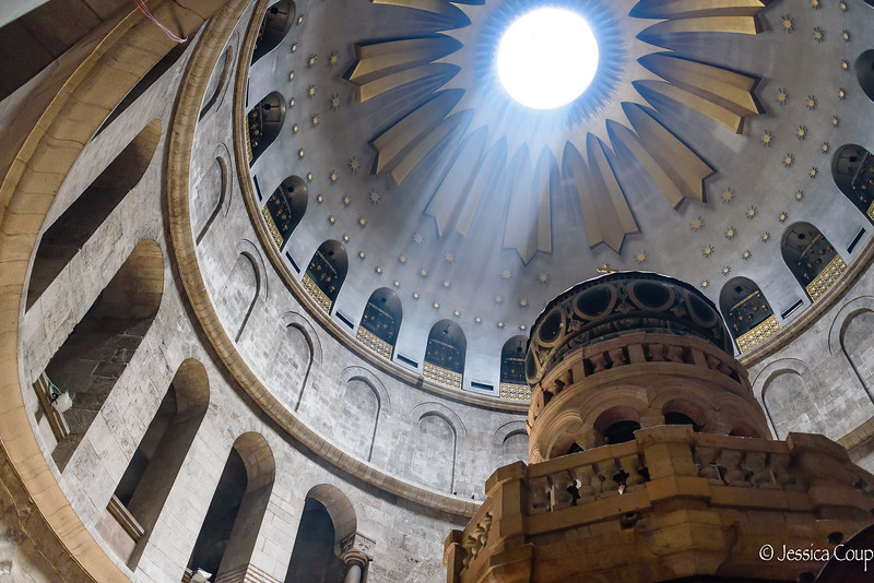Light Above the Aedicule