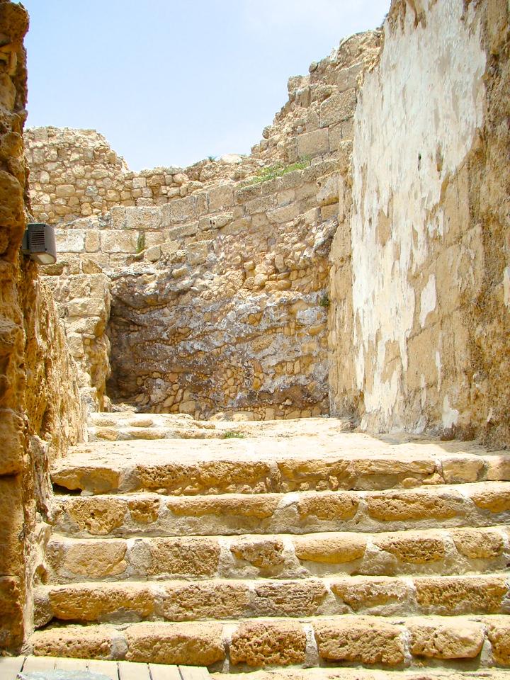 Caesarea-Ruins (1)