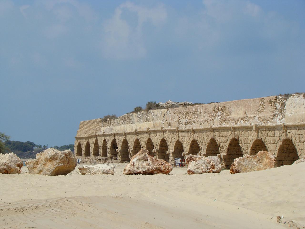 Caesarea-Aquaduct w-Boulders