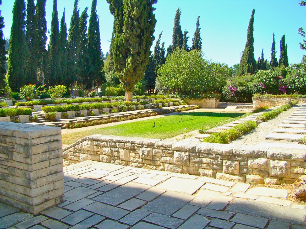 Tel Hai Cemetery-HaShomer Area (1)