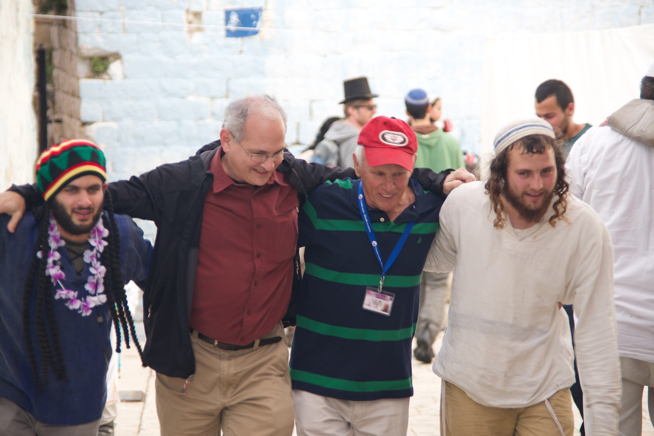 Barry Straus and Shimon Alexander Joined The Men In Dancing