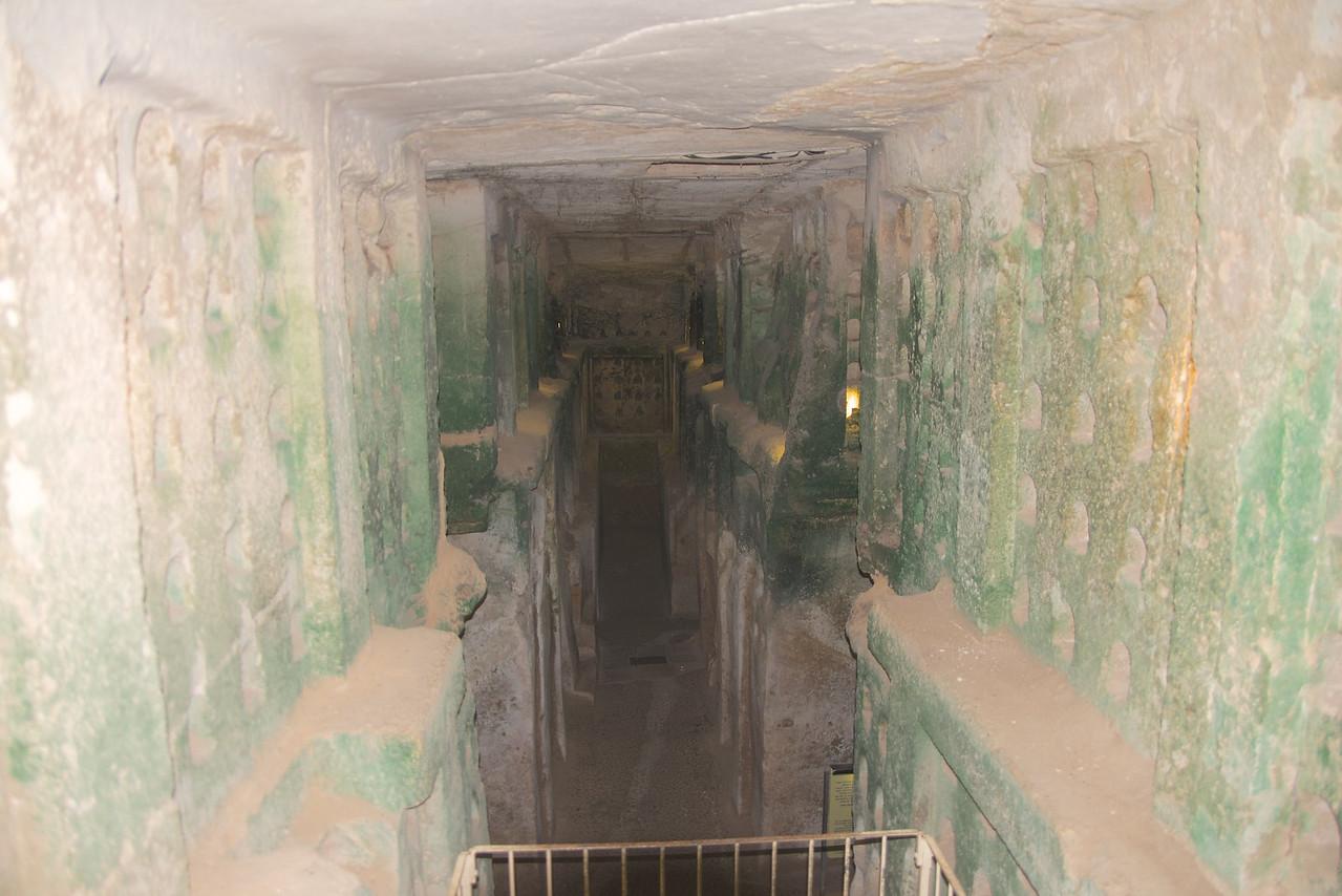 Entrance to Columbarium Cave