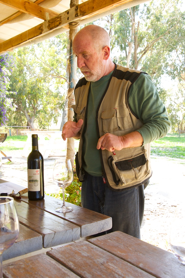 Shuki Yashuv is  the winemaker and founder of Agur