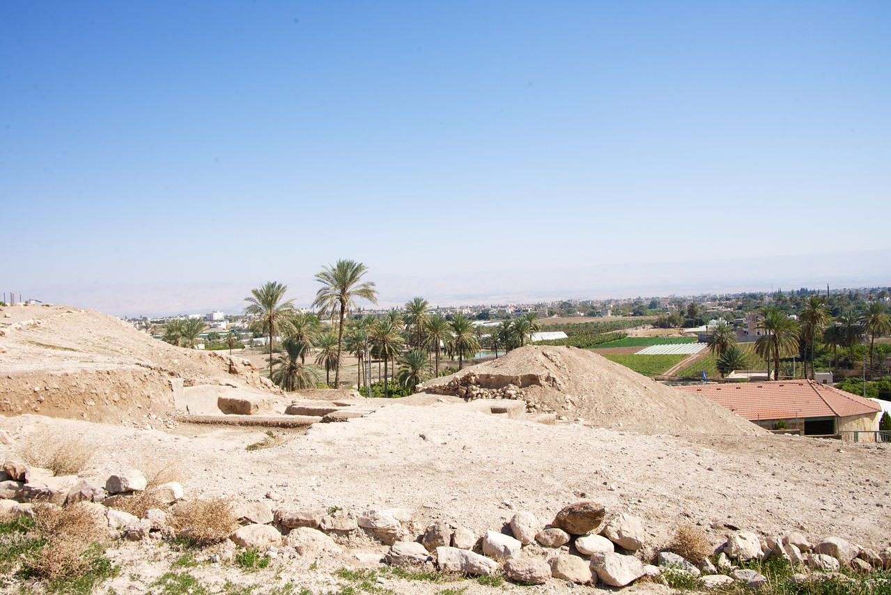 View from Tell es-Sultan to Jericho