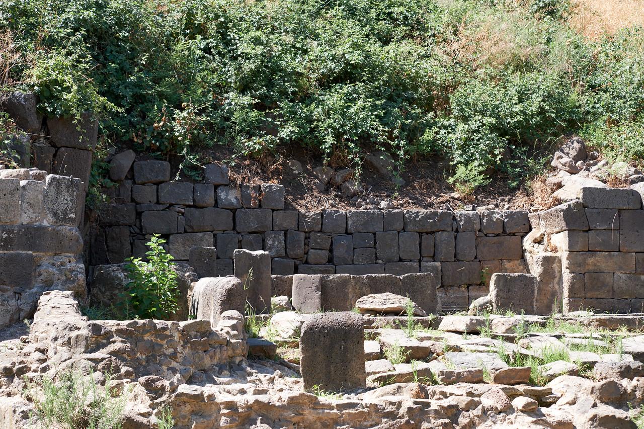 Arch remains at Um El Kanater.