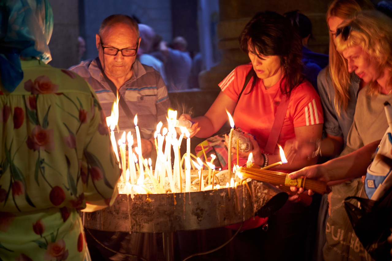 Believers light candles as a way of connecting with their Heavenly Father. It is a way for them to strengthen and renew their faith in Him who loves them and offers them salvation.