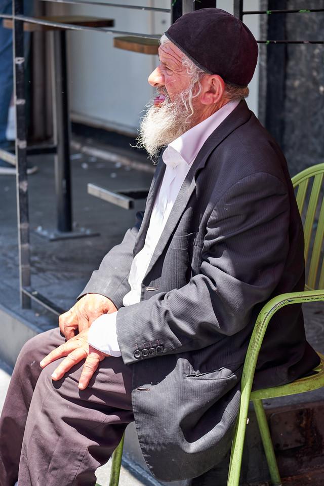 Beggar at Mehane Yehuda.