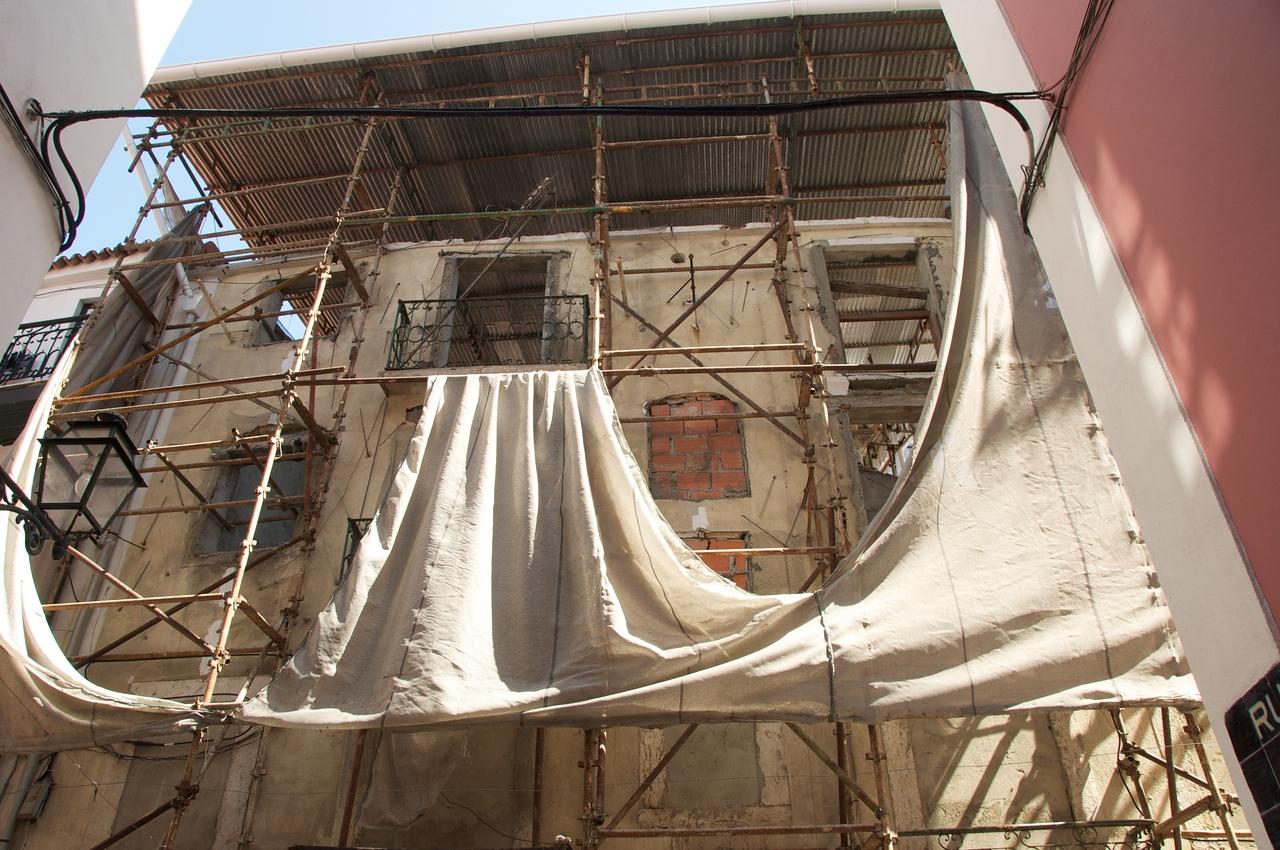 Construction Along Rua Da Judiaria