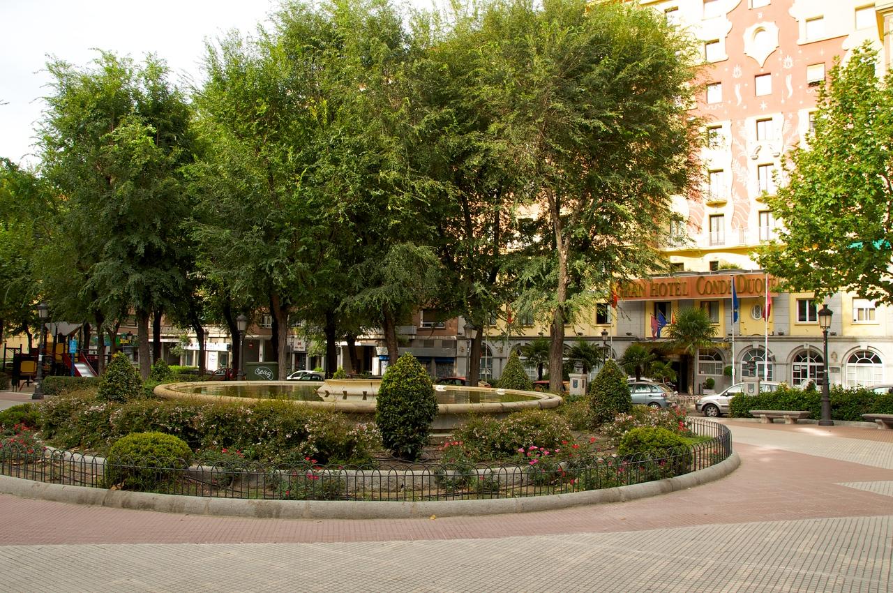 Gran Hotel Conde Duque (right)… Park In Front of Hotel