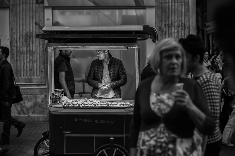 Chestnuts and ice cream, Istiklal Cd., Beyoğlu, Istanbul, Turkey