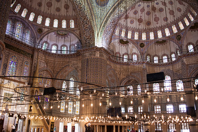 lights in the moschea