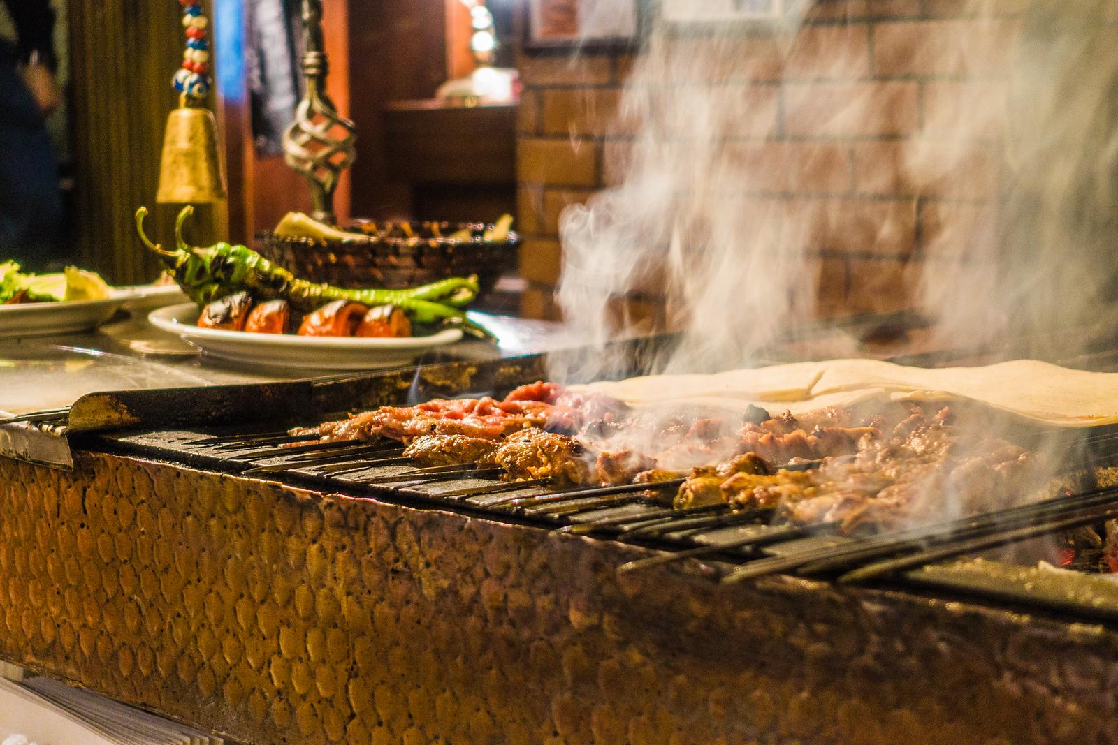 Eat in istanbul - Zübeyir Ocakbaşı Restaurant