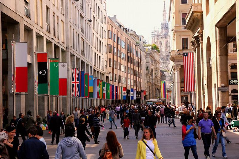 Rua em Milão