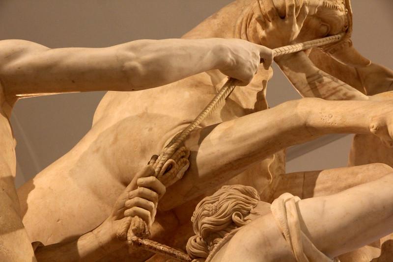 Escultura no Museu Arqueológico de Nápoles