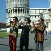 Músicos na Praça dos Milagres