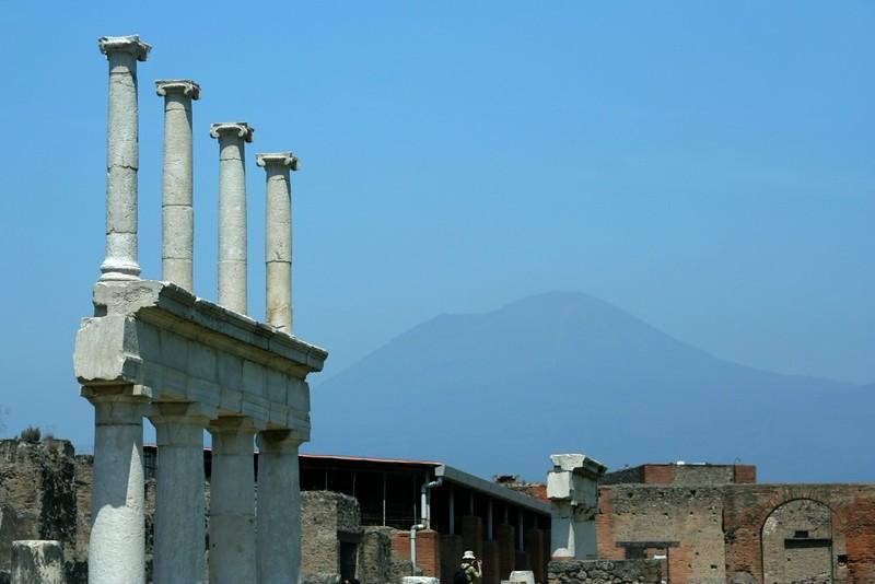 Vista do Vulcão Vesúvio a Partir de Pompéia