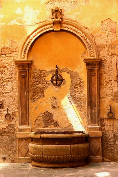 Detalhes Arquitetônicos de Siena