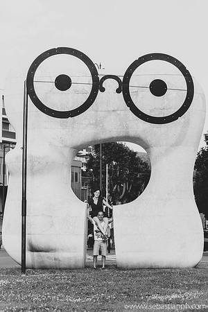 """Installazioni di street art dell'artista francese Clet Abraham. Progetto """"Gli Occhi di Prato""""."""