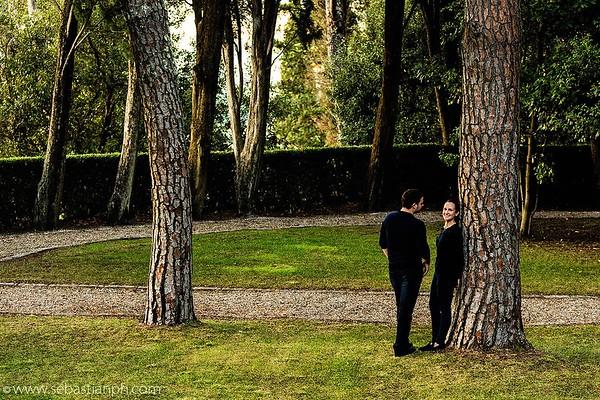 Un incantevole servizio fotografico in luna di miele nella tenuta di lusso Castiglion del Bosco, nel cuore del patrimonio mondiale Unesco della Val d'Orcia, in Toscana.
