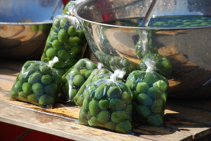 Olives for sale, street market, Roma, 2009.