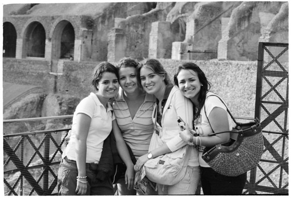 COLOSSEO GIRLS